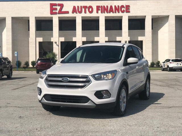 2017 Ford Escape SE FWD 6-Speed Automatic