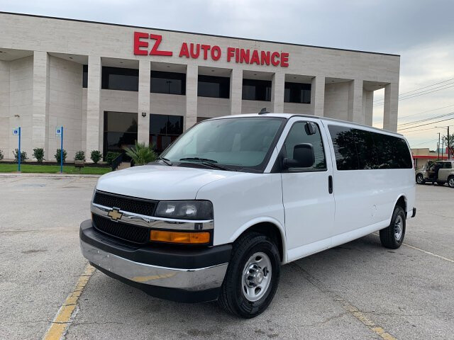 2017 Chevrolet Express LT 3500 Extended 6-Speed Automatic