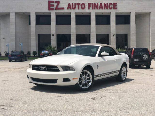 2010 Ford Mustang V6 Convertible 5-Speed Automatic