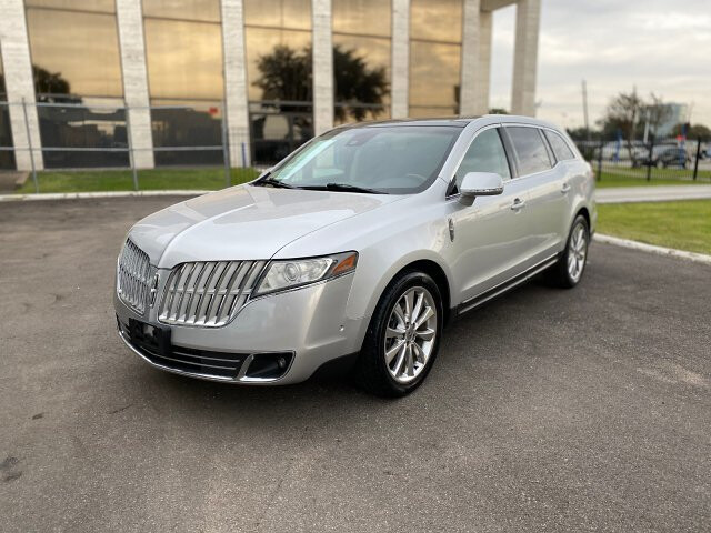 2010 Lincoln MKT 3.5L with EcoBoost AWD 6-Speed Automatic
