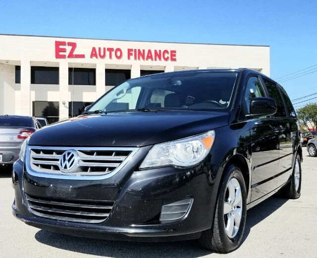 2011 Volkswagen Routan SE RSE 6-Speed Automatic