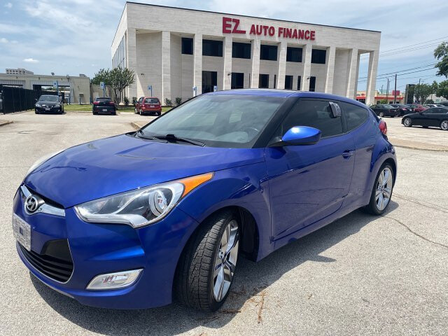 2012 Hyundai Veloster Base 6-Speed Automatic