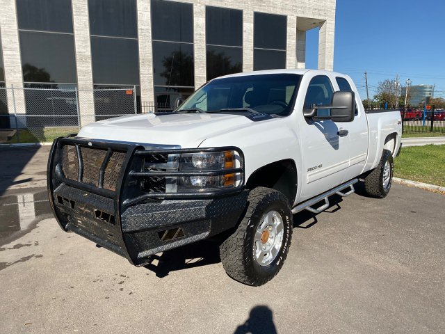 2011 Chevrolet Silverado 2500HD LT Ext. Cab 4WD 6-Speed Automatic