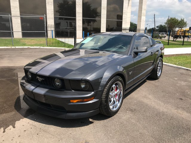 2007 Ford Mustang GT Deluxe Coupe 5-Speed Automatic
