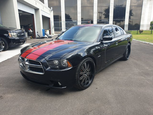 2013 Dodge Charger R/T 5-Speed Automatic
