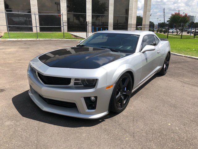 2011 Chevrolet Camaro 2SS Coupe 6-Speed Manual