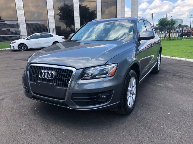 2012 Audi Q5 2.0 quattro Premium 6-Speed Automatic
